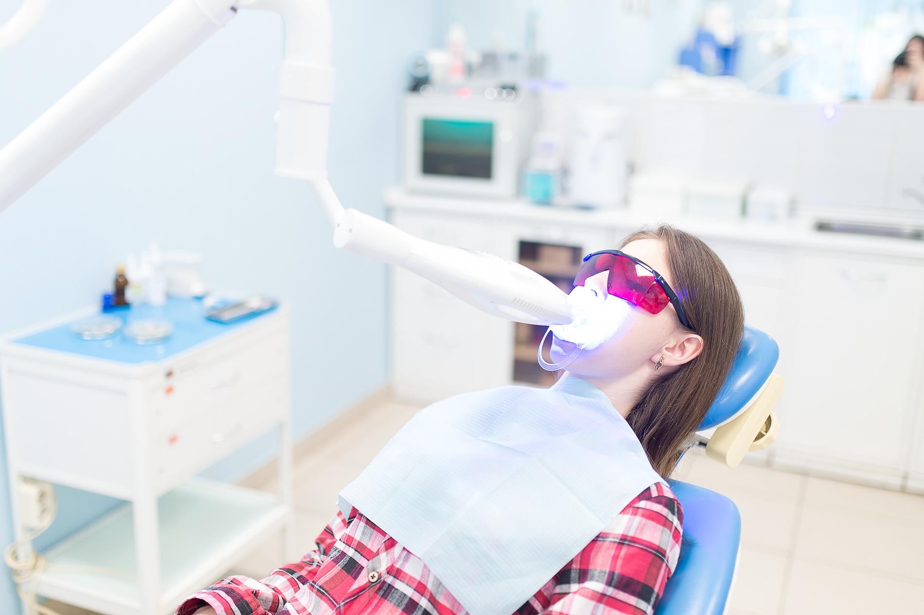 отбеливание зубов подсолнечным маслом
